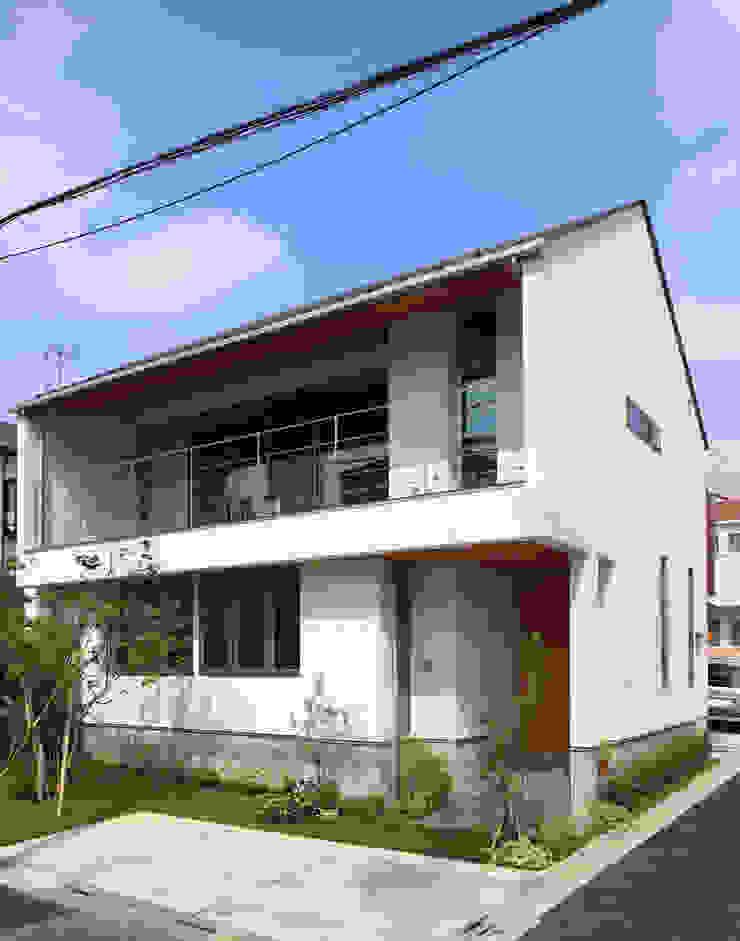 つなぎ梁の家 西島正樹/プライム一級建築士事務所 一戸建て住宅 砂岩 灰色