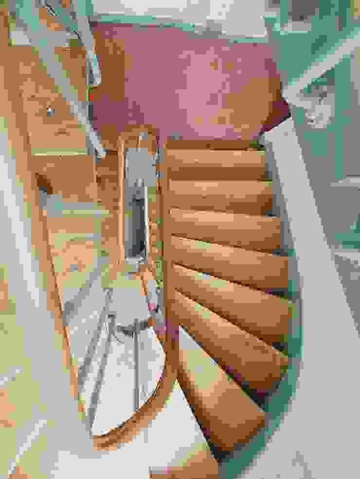 Appartamento a Parigi di smellof.DESIGN Rustico