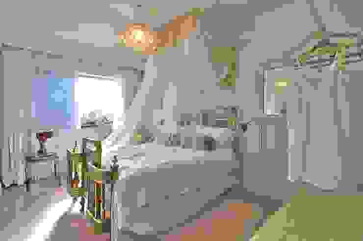 Спальня в эклектичном стиле от Studio Do Cabo Эклектичный