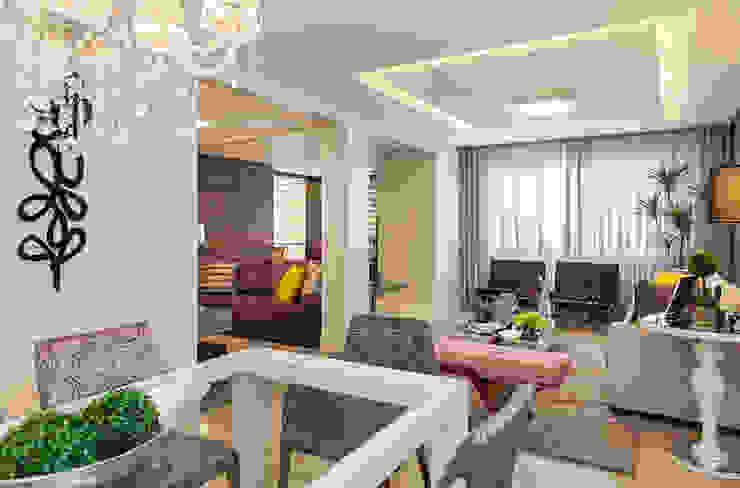 Comedores de estilo moderno de ArqArte - Arquitetura & Interiores Moderno