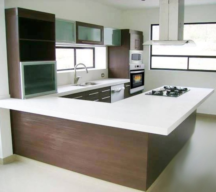 Cocina minimalista de madera y cubierta de resina K+A COCINAS Y ACABADOS DE MONTERREY SA DE CV Cocinas equipadas Madera Acabado en madera