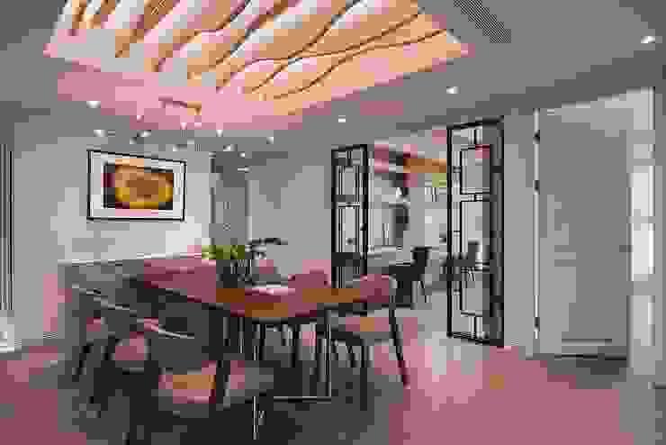 Comedores de estilo  por 層層室內裝修設計有限公司