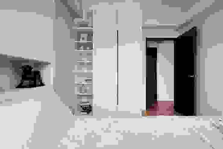 Skandinavische Schlafzimmer von 層層室內裝修設計有限公司 Skandinavisch