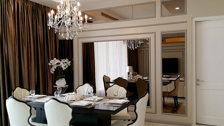 Norm designhaus Classic style dining room