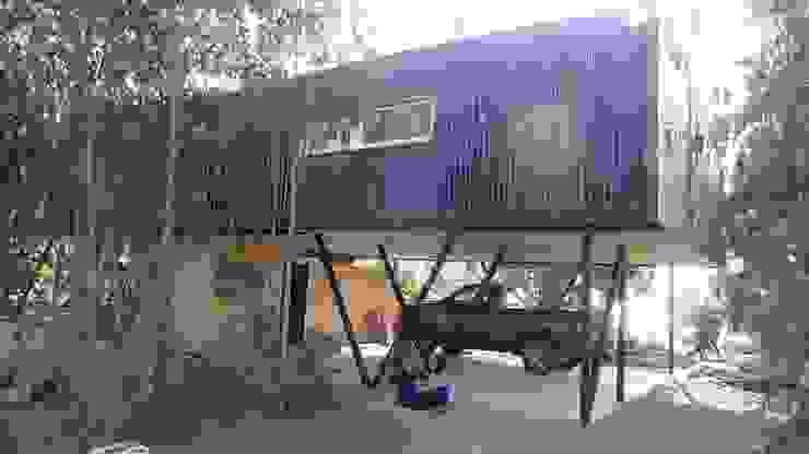 Casa QV m2 estudio arquitectos - Santiago Garajes de estilo mediterráneo Hierro/Acero