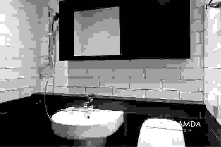 욕실: 디자인담다의  욕실,모던