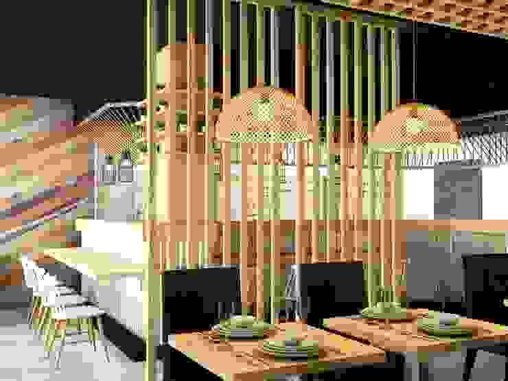 Restaurante AKABEKO Klausroom Comedores de estilo industrial