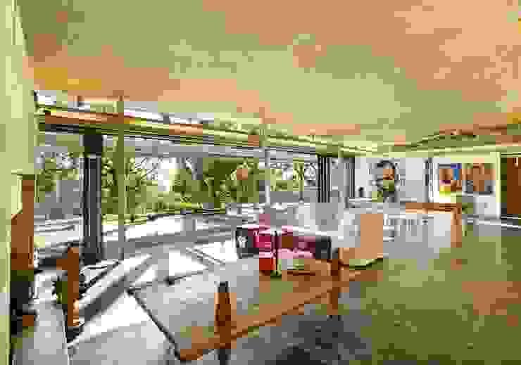 Living & Dining Room Modern living room by Van der Merwe Miszewski Architects Modern Granite