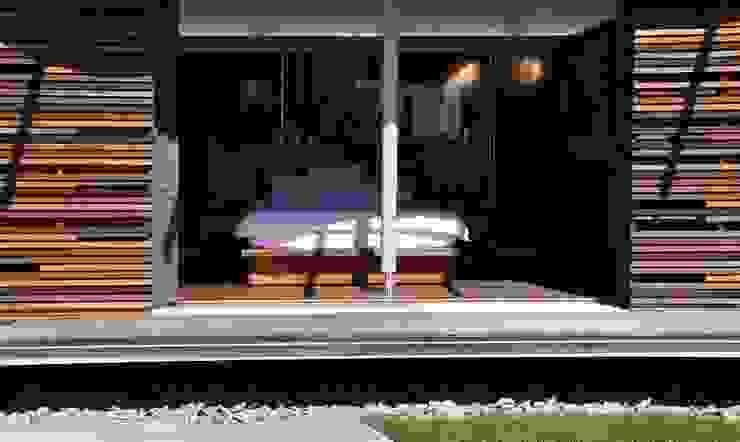 Bedroom Modern style bedroom by Van der Merwe Miszewski Architects Modern Wood Wood effect