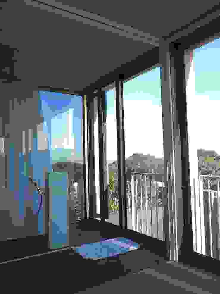 Main En-Suite Shower Modern bathroom by Van der Merwe Miszewski Architects Modern Granite