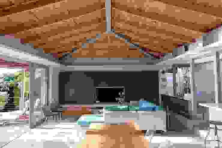 Living Room & Dining Area Modern living room by Van der Merwe Miszewski Architects Modern Wood Wood effect