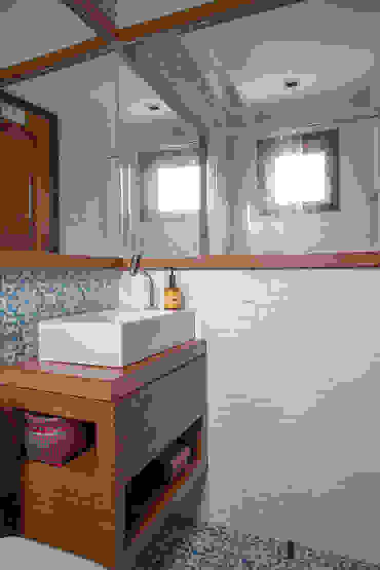 Raquel Junqueira Arquitetura Salle de bain rustique