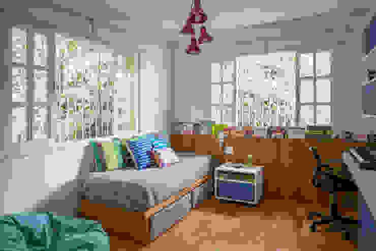 Raquel Junqueira Arquitetura Chambre d'enfant moderne