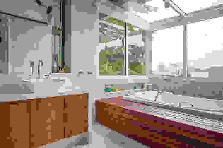 Raquel Junqueira Arquitetura Ванна кімната