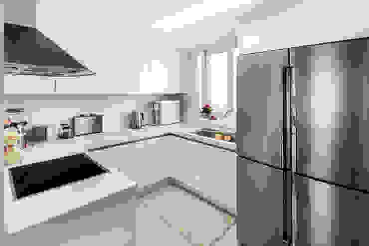 現代廚房設計點子、靈感&圖片 根據 봄디자인 現代風