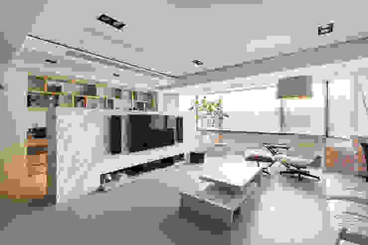 Living Room Ruang Keluarga Minimalis Oleh March Atelier Minimalis Granit