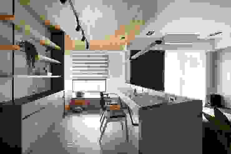 書房 根據 極簡室內設計 Simple Design Studio 簡約風