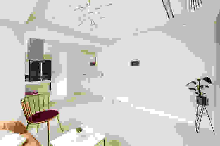 신림동 빌라 22PY 모던스타일 거실 by 봄디자인 모던