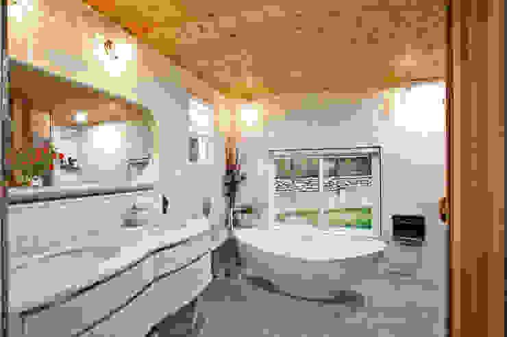 안산 장상동 모던스타일 욕실 by 하우스톡 모던
