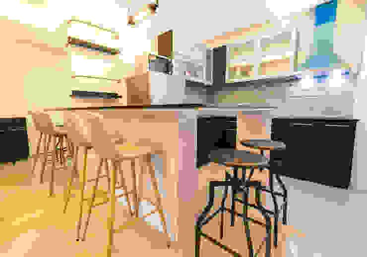 Seibu Tower Project / Golden Forum Land Inc. Minimalist dining room by TG Designing Corner Minimalist