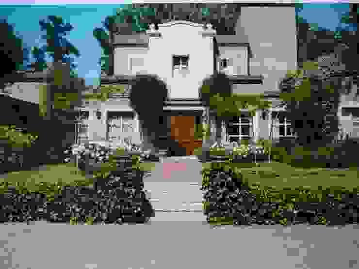 Casa Colonial de campo en Martindale C.C. de Estudio Dillon Terzaghi Arquitectura - Pilar Clásico Ladrillos