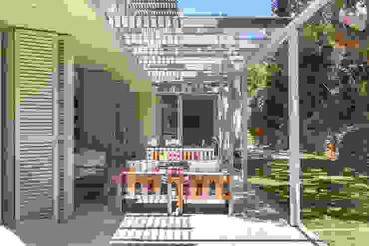 The Stoep by Van der Merwe Miszewski Architects Modern Iron/Steel