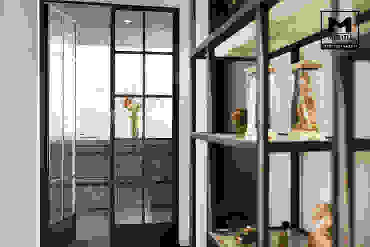 Woonhuis in Hengelo Industriële gangen, hallen & trappenhuizen van Molitli Interieurmakers Industrieel