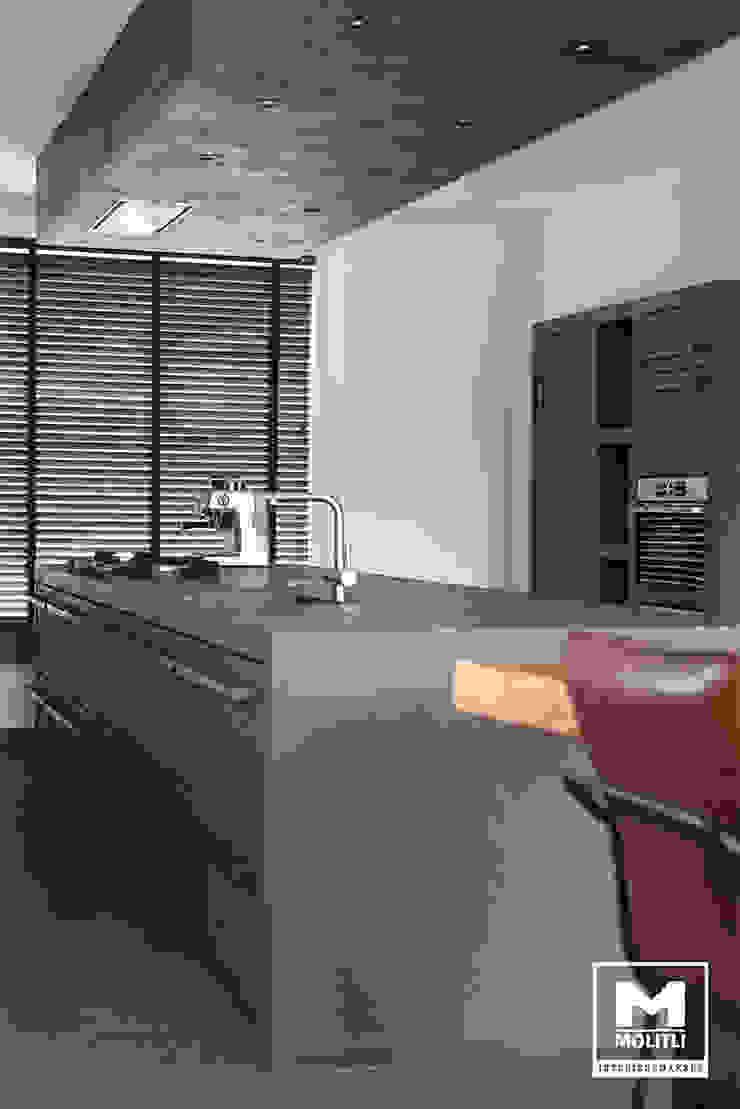 Woonhuis in Hengelo Industriële keukens van Molitli Interieurmakers Industrieel