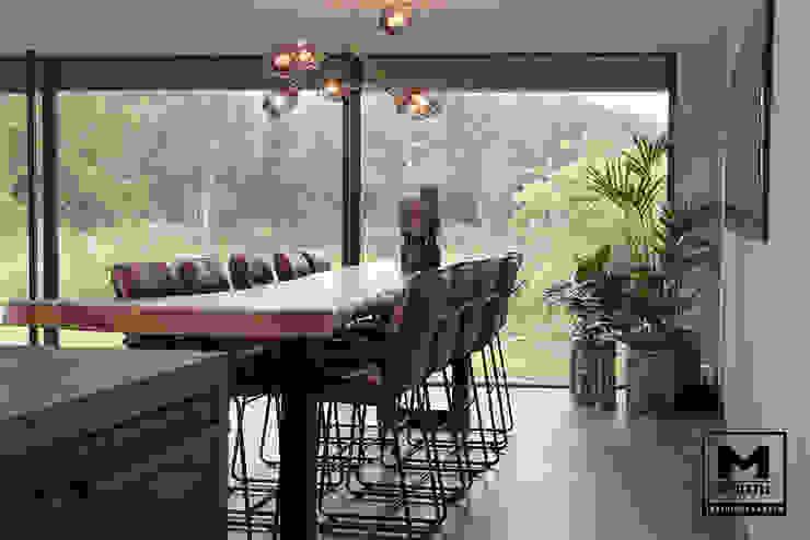 Woonhuis in Hengelo Industriële eetkamers van Molitli Interieurmakers Industrieel