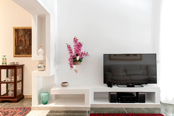 Luca Bucciantini Architettura d' interni Salon minimaliste Blanc