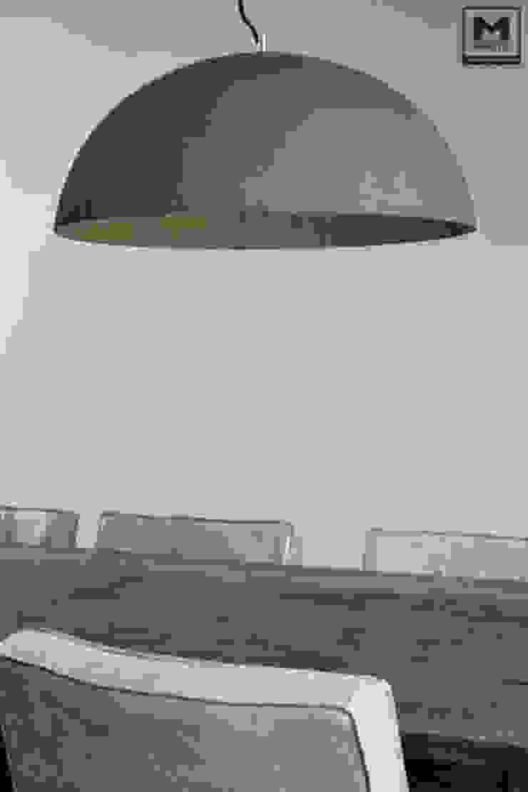 Restyling woning: Woonkamer, badkamer, keuken Scandinavische eetkamers van Molitli Interieurmakers Scandinavisch