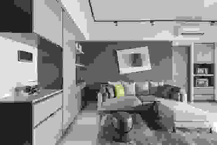 Livings de estilo minimalista de 寬宸室內設計有限公司 Minimalista
