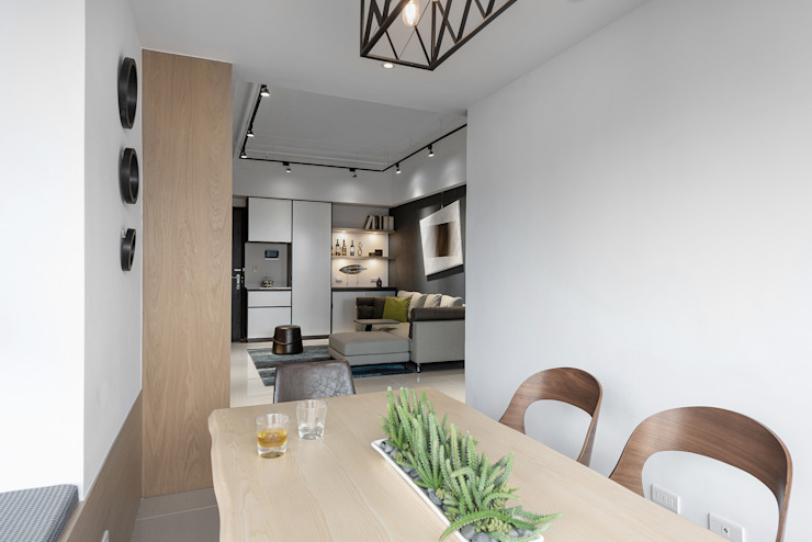 Comedores minimalistas de 寬宸室內設計有限公司 Minimalista
