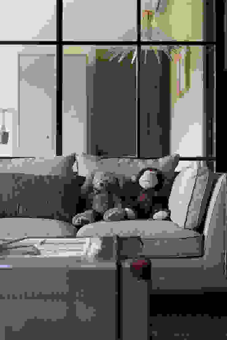 客廳/沙發 根據 果仁室內裝修設計有限公司 工業風
