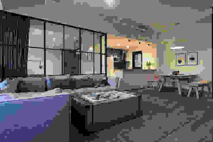 客廳/吧檯 根據 果仁室內裝修設計有限公司 工業風