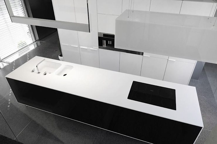 Lola Cwikowski Studio Minimalistische kantoor- & winkelruimten Wit
