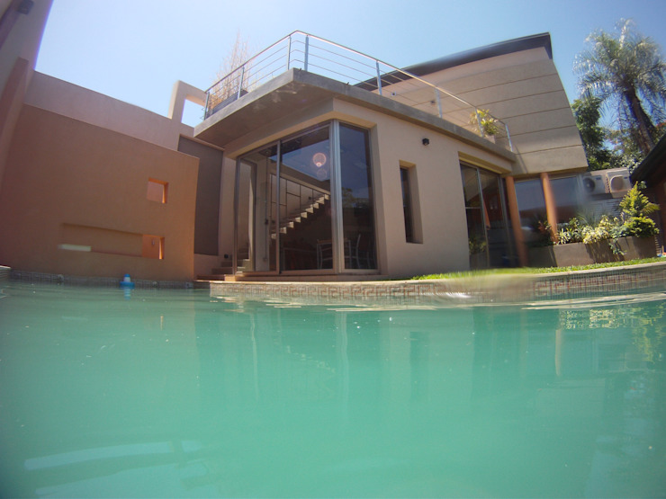 Moderne zwembaden van Módulo 3 arquitectura Modern