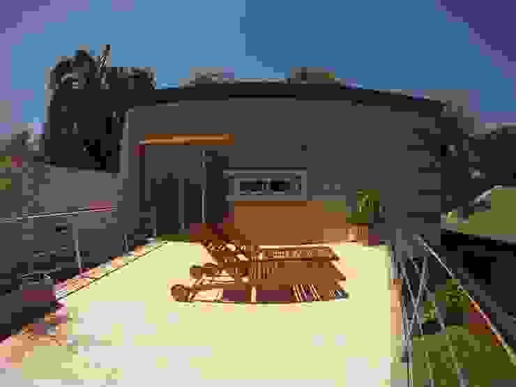 Moderne balkons, veranda's en terrassen van Módulo 3 arquitectura Modern