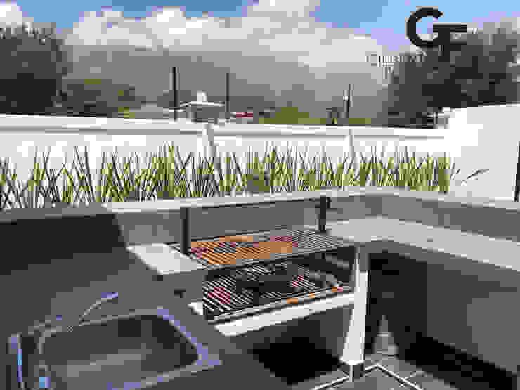 Modern balcony, veranda & terrace by GF ARQUITECTOS Modern Concrete