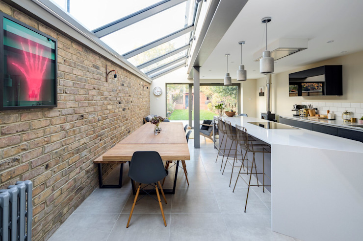Dining Area 根據 Resi Architects in London 簡約風