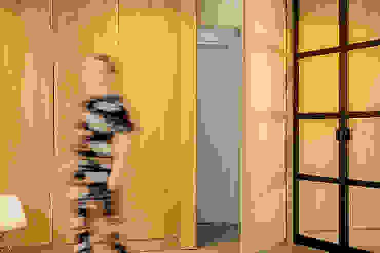 Jolanda Knook interieurvormgeving Minimalist living room Wood