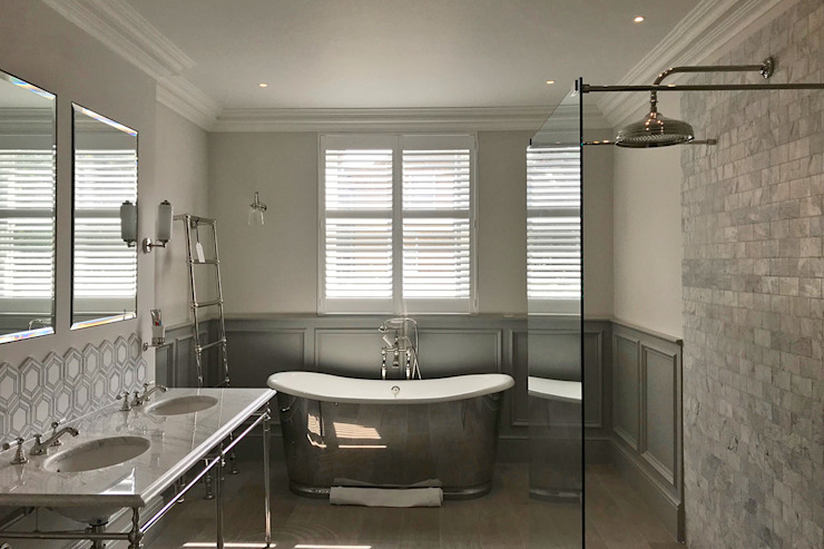 Full Height Shutters in a Bathroom Plantation Shutters Ltd Kamar Mandi Klasik Kayu White