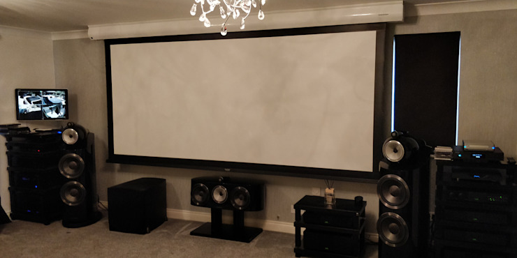 Home Cinema - Screen Down Modern Media Room by HiFi Cinema Ltd. Modern