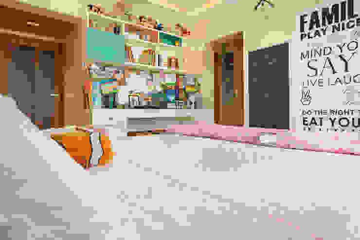 Modern Kid's Room by Urbane Storey Modern