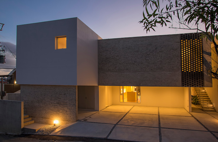 株式会社クレールアーキラボ Casas multifamiliares