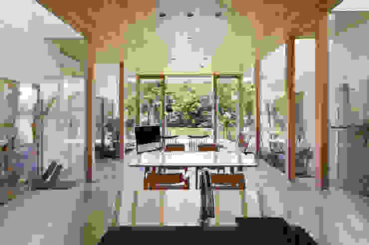 LDK 藤原・室 建築設計事務所 モダンデザインの リビング
