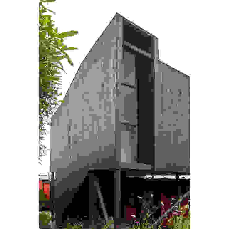Acoplado Vagón Cartagena de Crescente Böhme Arquitectos Minimalista Madera Acabado en madera
