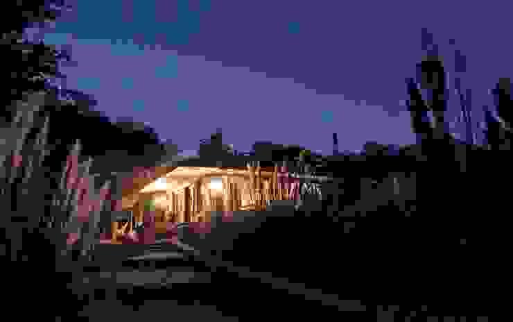 Casa Caleu II, Quincho Crescente Böhme Arquitectos Casas de madera Madera Acabado en madera