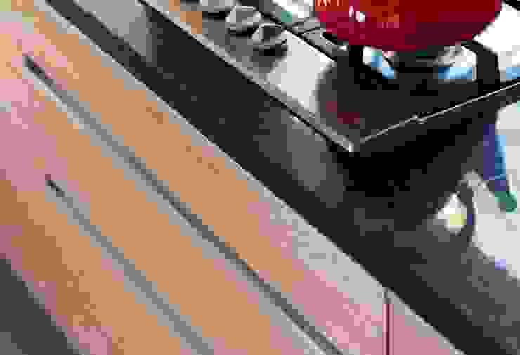 Casa Caleu II, Quincho Crescente Böhme Arquitectos Cocinas de estilo rústico Granito Negro