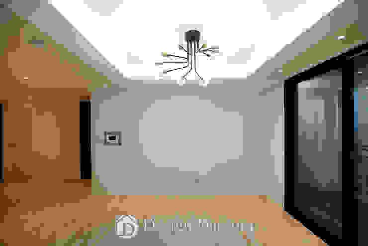 Nowoczesny salon od Design Daroom 디자인다룸 Nowoczesny